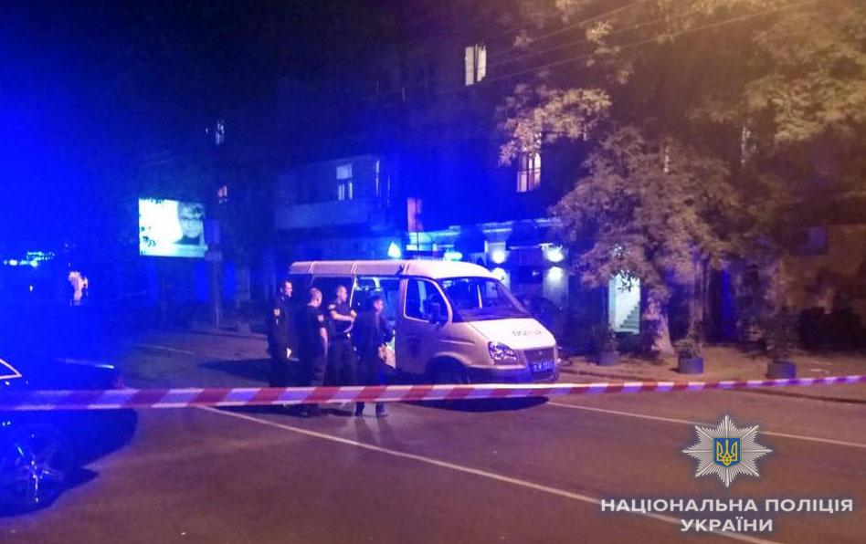 Ночью в Одессе взорвали автомобиль. Покушались на директора охранной фирмы