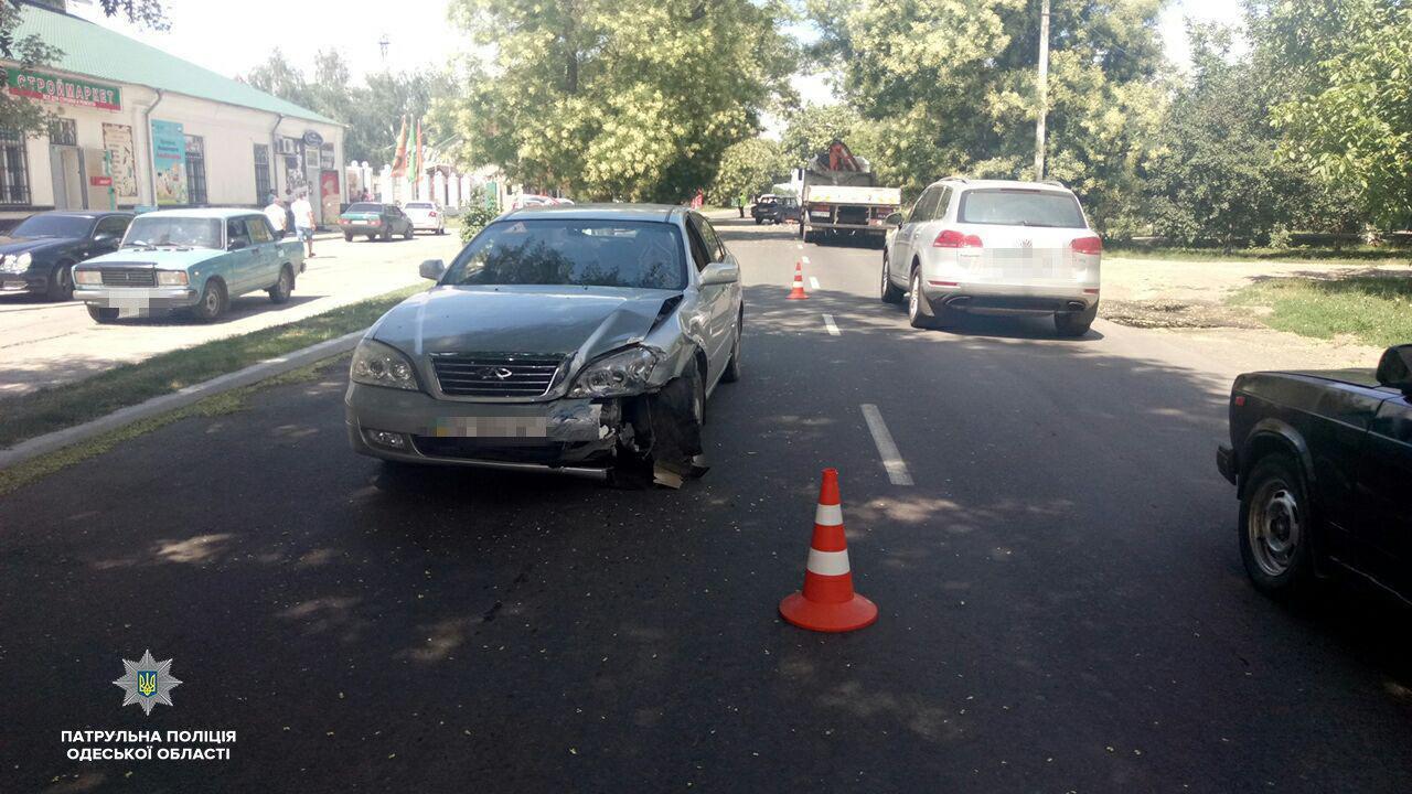 "ДТП в Измаиле: на проспекте Суворова при столкновении ""копейки"" и Chery пострадала женщина"