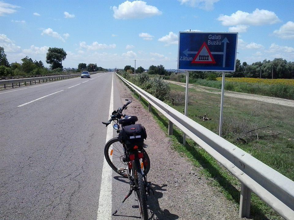 На велосипеде из Измаила в Румынию и обратно: сутки в пути и 2,5 кило потерянного веса