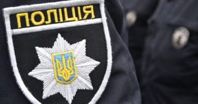 Белгород-Днестровский: полицейского, который избил дубинкой человека, отстранили от службы