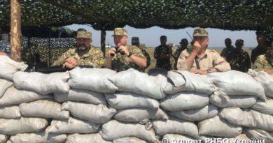Турчинов рассказал об испытаниях украинской крылатой ракеты, прошедших сегодня в Татарбунарском районе
