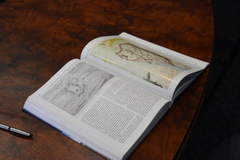 Скоро в продаже в Измаиле и Аккермане: презентована книга о крепостях и городах Северо-Западного Причерноморья
