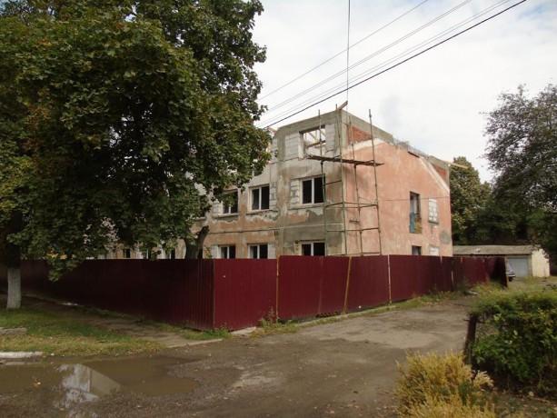 Впервые за последние десятилетия: в Болграде делают масштабный ремонт ЦРБ и строят жилье для медиков