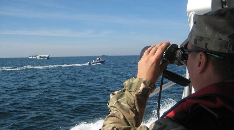 Измаильские пограничники предупреждают украинских рыбаков об опасности