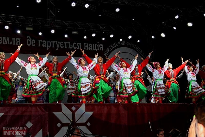 Фестиваль искусств «Украинская Бессарабия» в Измаиле: публику покорил Национальный ансамбль танца им.Вирского