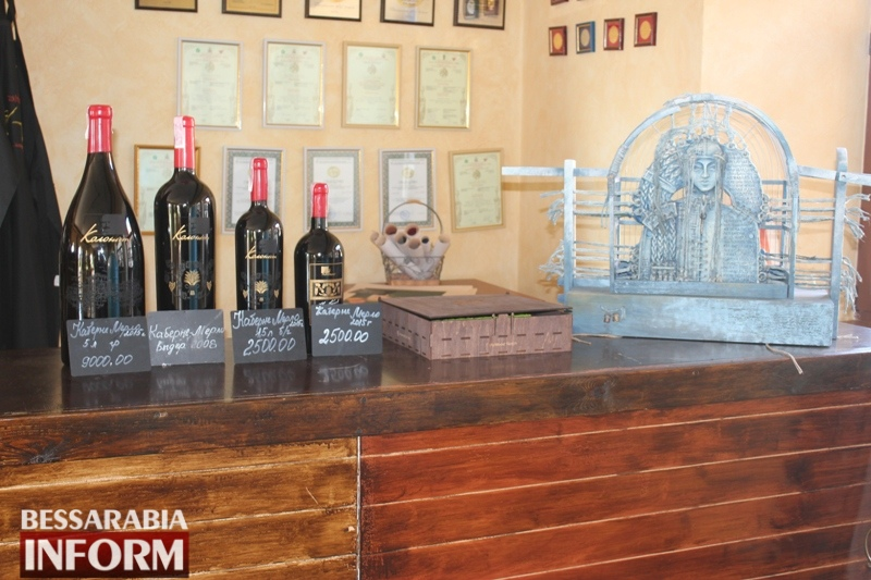 """Известная винодельня Бессарабии выпускает не только вино. Новые товары от """"Колониста"""" и фотоэкскурсия"""