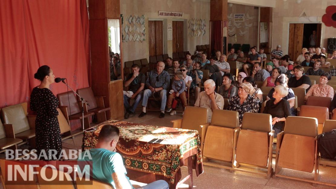В Десантном состоялась сходка жителей села, на которой окончательно рухнули коррупционные схемы использования госземли