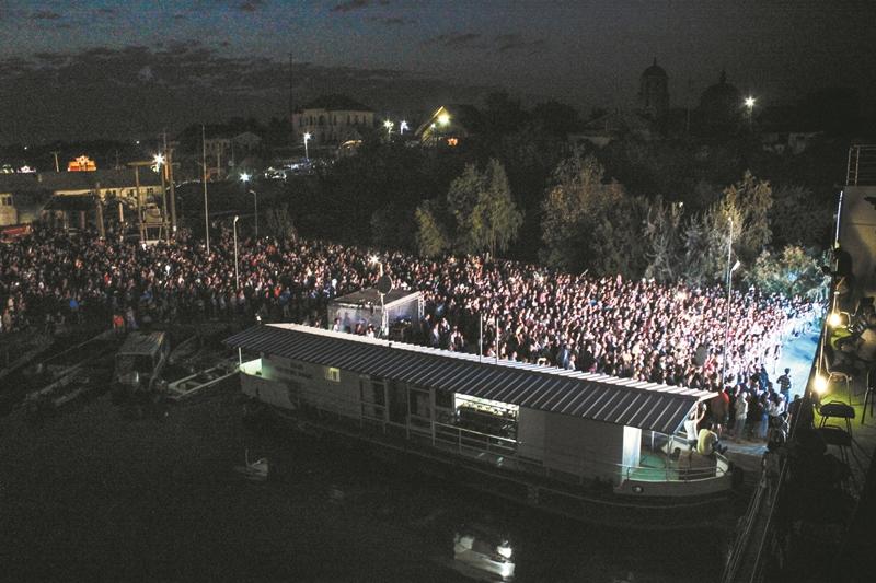 Фестиваль липованской ухи в Румынии: из 6 тонн рыбы в 450 котлах сварили 20 тысяч порций