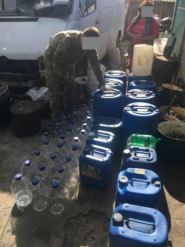 У жителя Тарутинского района изъяли контрафакт