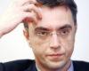 Суд: министр Омелян должен сдать загранпаспорта, его взяли на поруки
