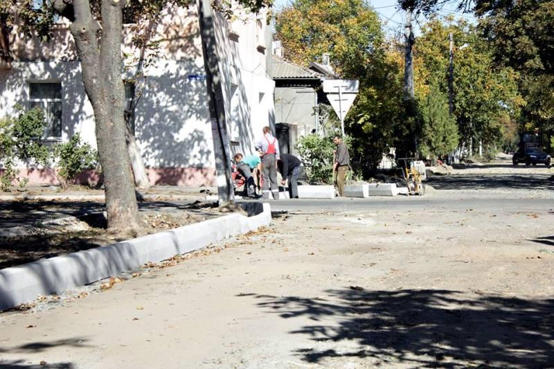 В Измаиле продолжается начатый в прошлом году ремонт улицы Кишиневской