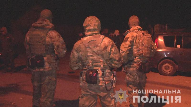 В Одессе задержали оборотней в погонах, которые терроризировали местного жителя