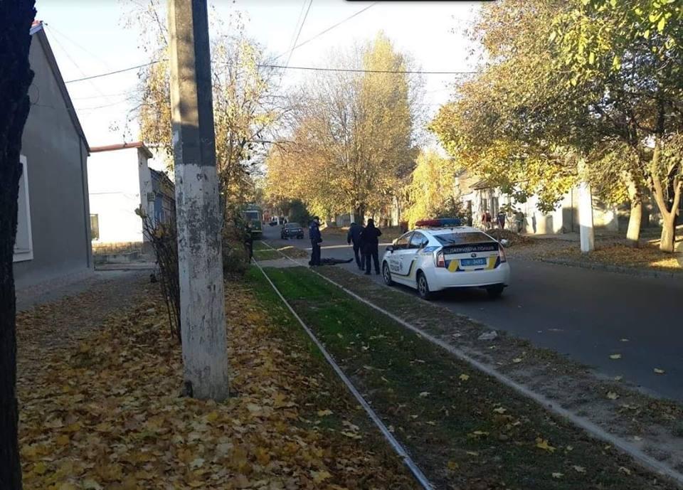 В Одессе полицейский застрелил на глазах у прохожих преступника, который оказался убийцей