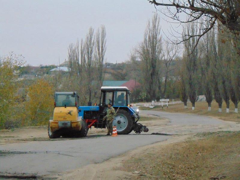 В Болградском районе ремонтируют подъездную дорогу к селу Виноградовка