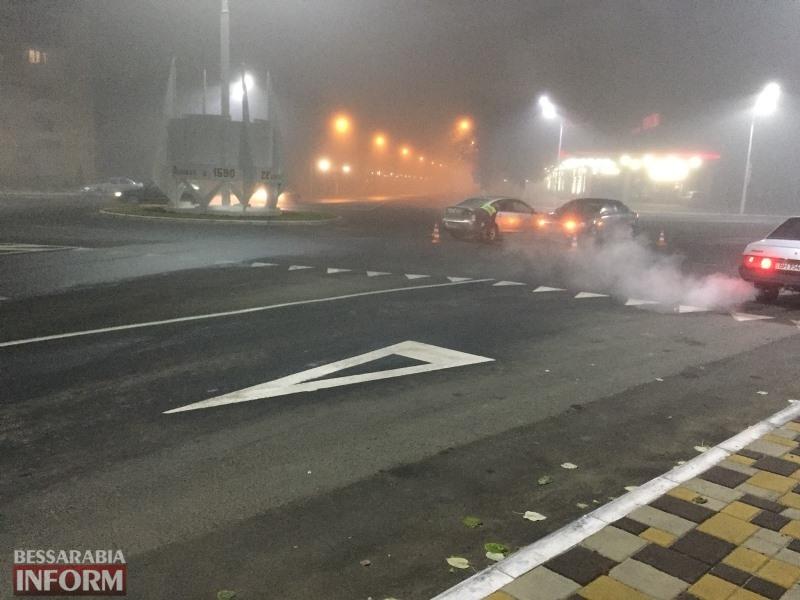 Ночная авария в Измаиле: на туманной дороге столкнулись автомобилиMitsubishi иMazda
