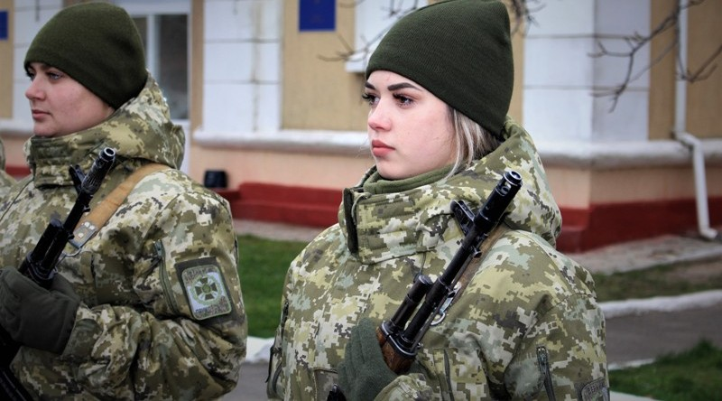 Десять девушек и четверо мужчин пополнили ряды пограничников в Белгород-Днестровском