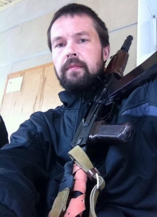 """Одессита, работавшего снайпером в """"ДНР"""", выдворили из России в Украину"""