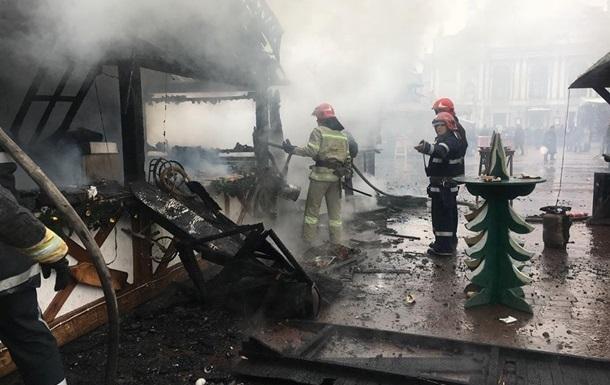 В центре Львова произошел взрыв на рождественской ярмарке. Есть пострадавшие