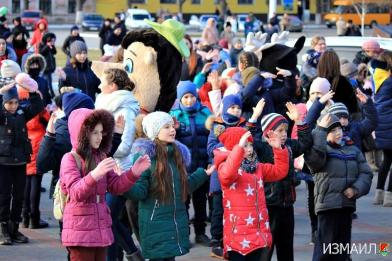 Мэрия Измаила раздала детям в этом году больше трех тысяч новогодних подарков