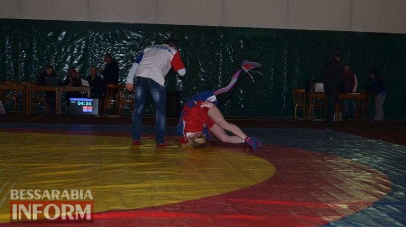 Зрелищные схватки: в Аккермане прошел чемпионат области по боевому самбо (фоторепортаж)