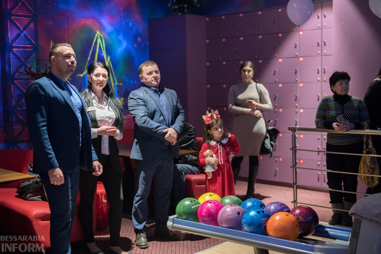 Громкое событие под занавес уходящего года: в Измаиле открылся первый боулинг-клуб