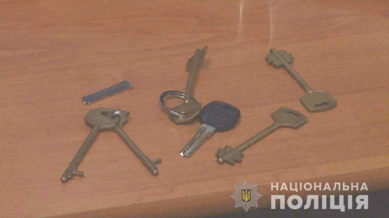 Полиция задержала в Одессе двух жителей Болградского района: мужчины промышляли кражами из заведений общепита (фото, видео)