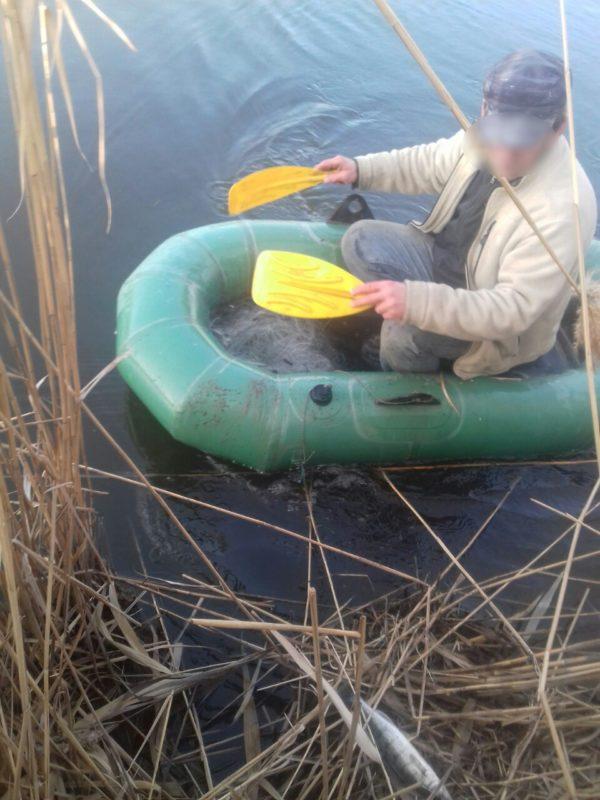 На Дунае возле Килии пограничники с помощью местных жителей поймали двух браконьеров