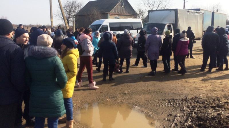 Повторный протест: в селе Молога Белгород-Днестровского района вновь митингуют с требованием установить  лежачие полицейские