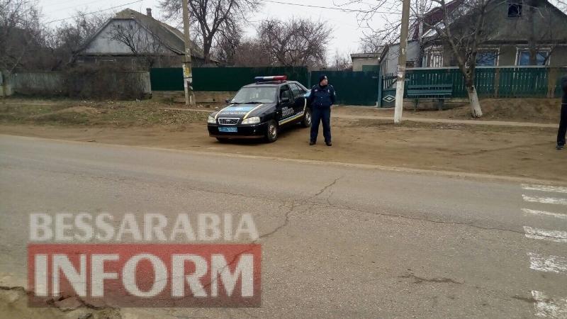 Белгород-Днестровский район: на зебре возле школы, где сбили ребенка, дежурят полицейские (фотофакт)
