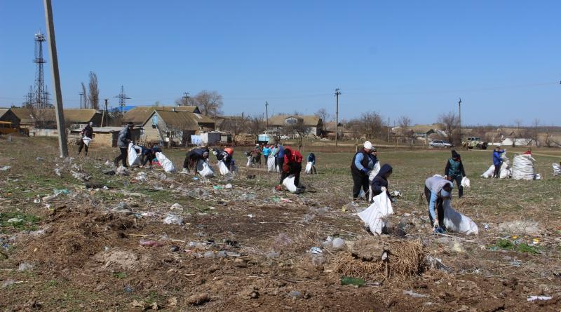 Жители Татарбунар активно взялись за уборку города и окрестностей от мусора
