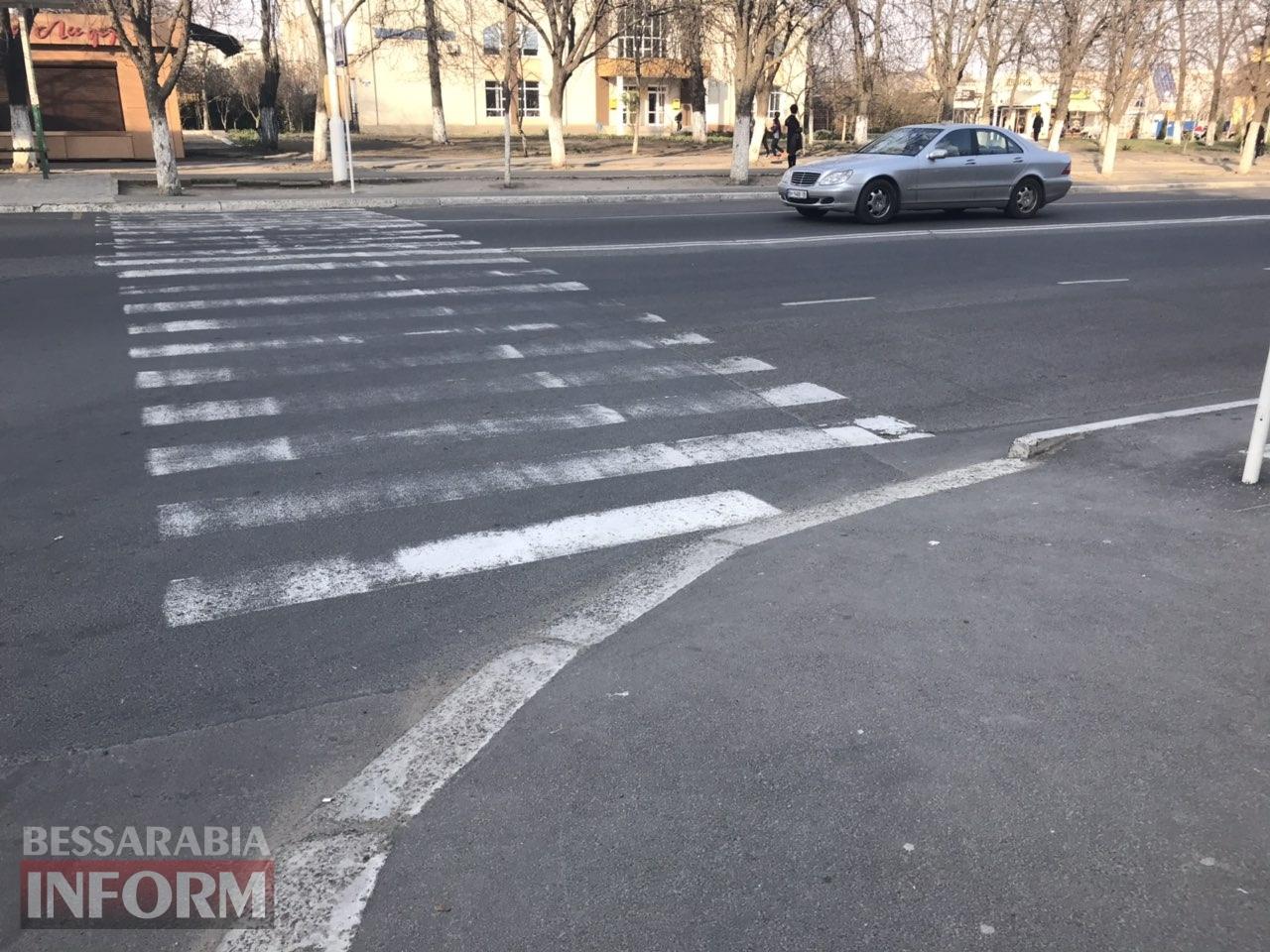 В Измаиле на пешеходном переходе сбили девушку