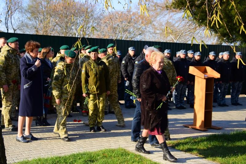 Измаильские пограничники почтили память коллег, погибших при крушении вертолета МИ-8 11 лет назад
