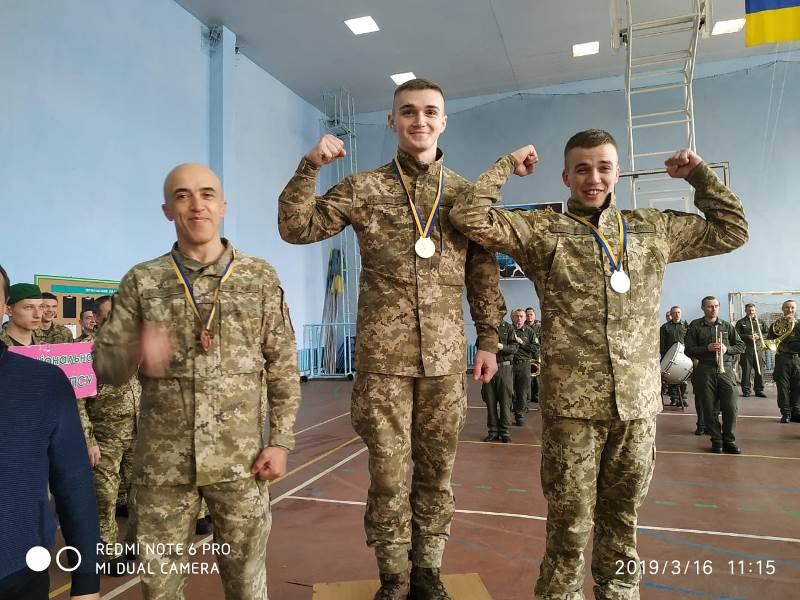 Измаильские пограничники заняли призовые места в чемпионатах ГПСУ по рукопашному бою и гиревому спорту