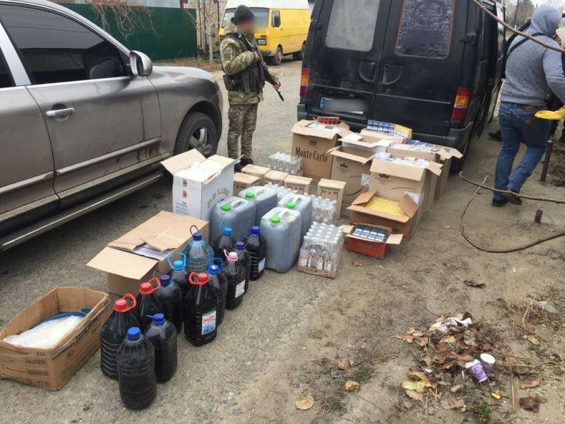 Преступная группа из Болградского района производила подпольный алкоголь в Измаиле и сбывала его в Килийском районе