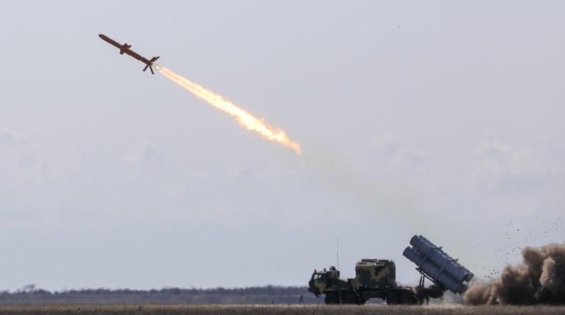 """Петр Порошенко всё же принял участие в испытании ракетного комплекса """"Нептун"""" на Тарутинском полигоне"""
