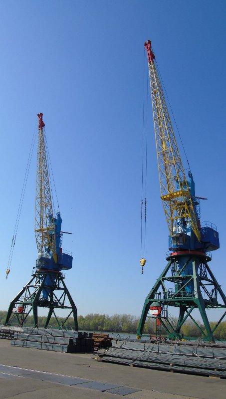 В Измаильском морском порту планируют капитально отремонтировать подкрановые пути двух причалов