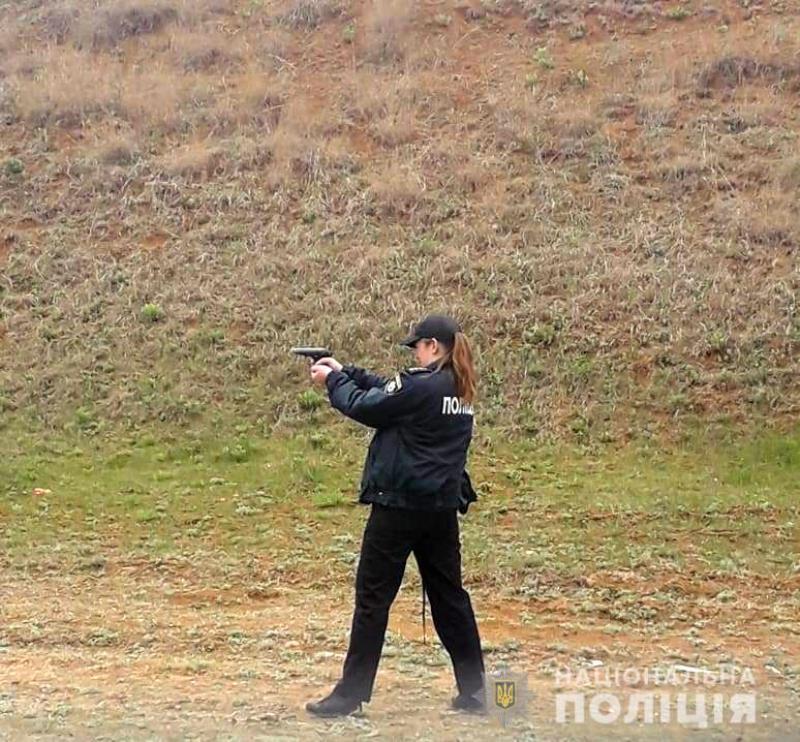 В Лощиновке на военном полигоне измаильские полицейские отрабатывали профессиональные навыки