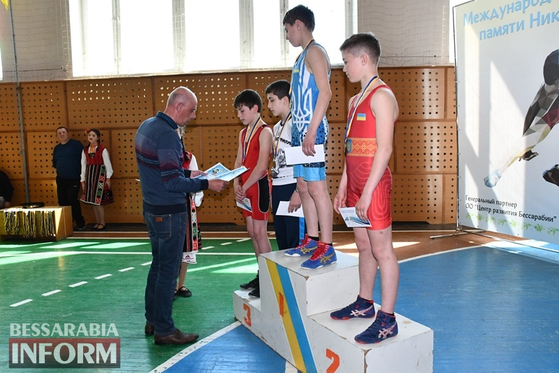 Около 200 борцов из пяти стран сражались за победу в международном турнире в Измаильском районе
