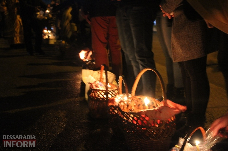 Праздник Воскресения Христова в Измаиле: православные освятили в храмах пасхальные корзины (фоторепортаж)