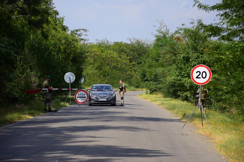 """Не удивляйтесь постам на дорогах: в Бессарабии пограничники, полиция и ГМС проводят операцию """"Профилактика"""""""