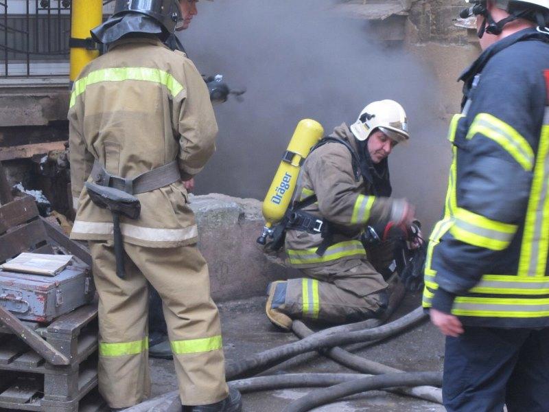 В Одессе произошло два пожара, один из которых не обошелся без жертв, а на втором эвакуировали 40 людей