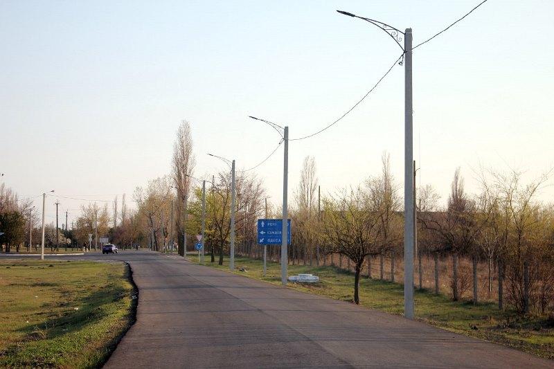 В Измаиле благоустроили Аэродромное шоссе и подвели к финишу ремонт дороги на выезде из города по улице Нахимова