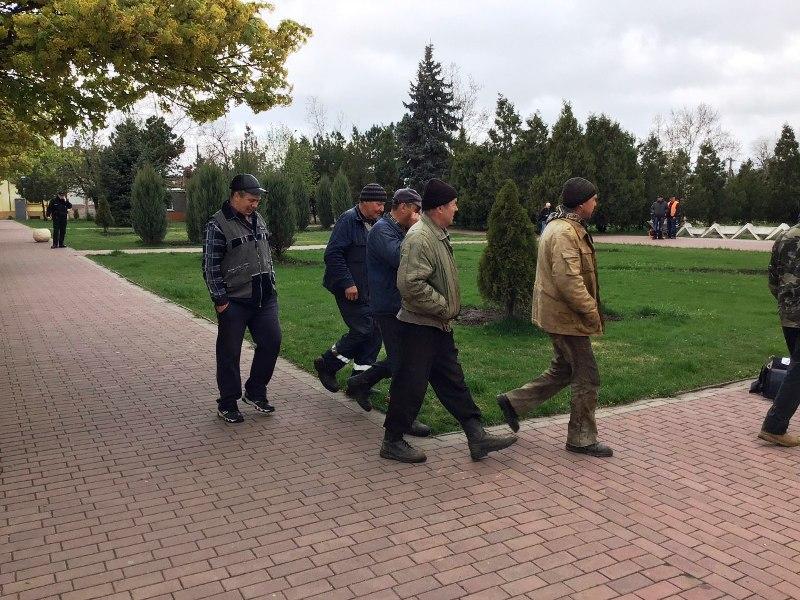 Сессия горсовета в Белгород-Днестровском началась со скандалов и акции протеста