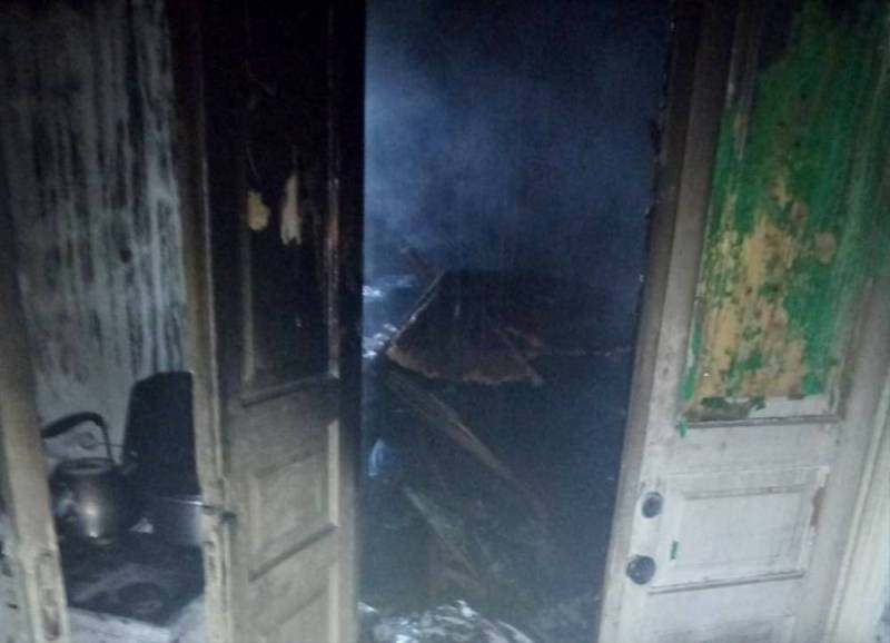 На пожаре в Усатово работали 20 спасателей, однако спасти хозяина дома не удалось