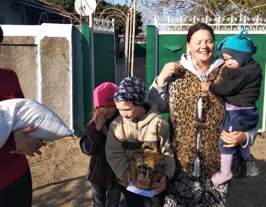 Меценат Александр Дубовой поздравил с Пасхой жителей Бессарабии масштабной акцией