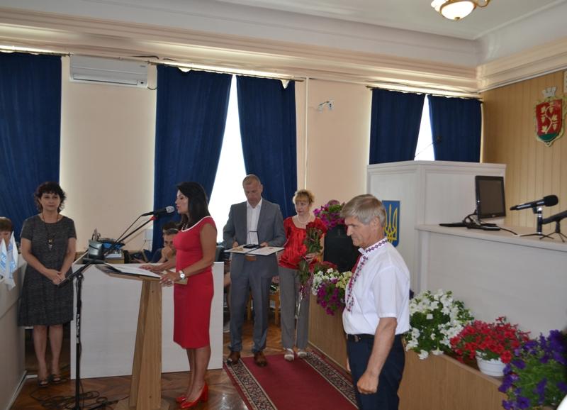 На торжественной части сессии аккерманского горсовета вручили премии и грамоты городского головы