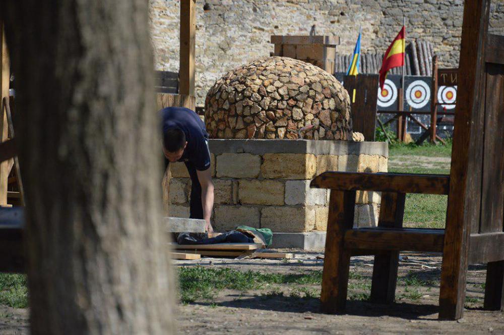 Историк обвинил руководство Аккерманской крепости в ее уничтожении и превращении в базар