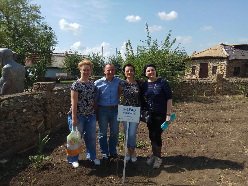 """Высадка деревьев и """"европейские"""" села: в Тарутинском районе отметили единство Европы и украинских громад"""