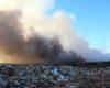 В Шабо Белгород-Днестровского района две недели не могут потушить пожар на несанкционированной свалке рядом с селом