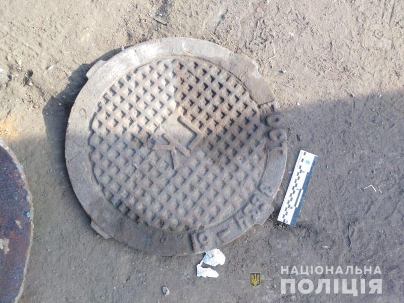 В Измаиле задержали похитителя чугунных крышек от канализационных люков